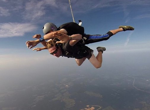 Laura did a tandem skydive in September 2018. CHATTANOOGA, USA: A DEVASTATING car accident left this woman with a lifelong spinal cord injury but she isn???t letting this stop her from living life to the fullest and has since SKYDIVED out of a plane despite being confined to a wheelchair. Laura Beck (29) from Chattanooga, USA, was driving home with her husband after celebrating his birthday in November 2016 at a seafood restaurant in Louisiana when their vehicle skidded over a puddle. Laura was falling asleep in the passenger seat while her husband Jacob drove them home, but she woke up clutching onto the dashboard as she felt the car skidding out of control. The car flipped three times and hit a tree, and the roof of the car crushed Laura???s head, leaving her paralysed from the chest down. Jacob, who was uninjured, called the emergency services after fearing that Laura was dead. She was transported to hospital immediately where they discovered that her spine had punctured her spinal cord. Laura was in the ICU for 10 days, followed by another week in hospital after doctors removed shards of bone from her neck to fuse her spine together. She woke up with almost no movement in her hands, core or legs. Both Laura and Jacob have always been lovers of the outdoors, so being told she could never walk again was difficult for Laura to digest initially, until she decided that being quadriplegic didn???t have to stop her from achieving her goals. Immediately after leaving the hospital, Laura went to a rehabilitation facility to learn about her new limitations and to rebuild what strength she could. For a year, Laura dealt with her new lifestyle until she was ready to face new challenges. In September 2018 Laura went skydiving, a memory she will cherish forever. Her and Jacob also plan on renovating a camper van to accommodate Laura???s wheelchair, enabling them to still go travelling through America. MDWfeatures / Laura Beck