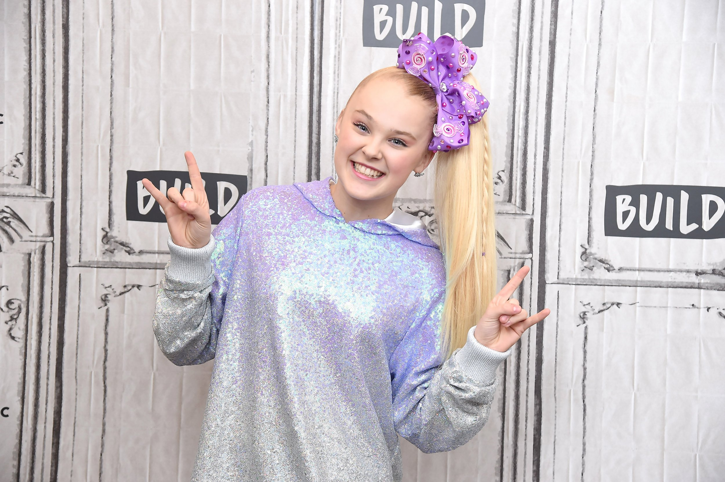 NEW YORK, NY - DECEMBER 11: Nickelodeon star JoJo Siwa visits Build Series to discuss her upcoming 'D.R.E.A.M. The Tour' at Build Studio on December 11, 2018 in New York City. (Photo by Gary Gershoff/WireImage)