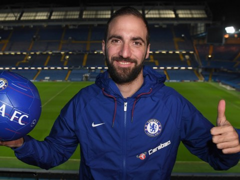 Maurizio Sarri tells Gonzalo Higuain how to earn permanent Chelsea transfer move