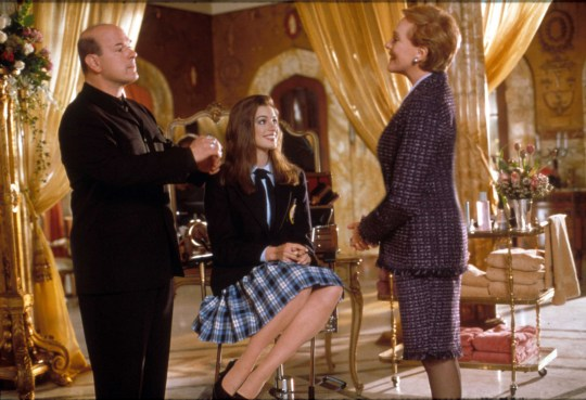Editorial use only. No book cover usage. Mandatory Credit: Photo by Moviestore/REX/Shutterstock (1644170a) The Princess Diaries (The Princess Of Tribeca), Larry Miller, Anne Hathaway, Julie Andrews Film and Television