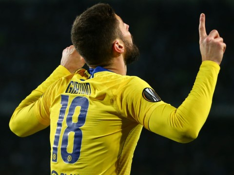 Olivier Giroud desperate for Chelsea to offer him new contract