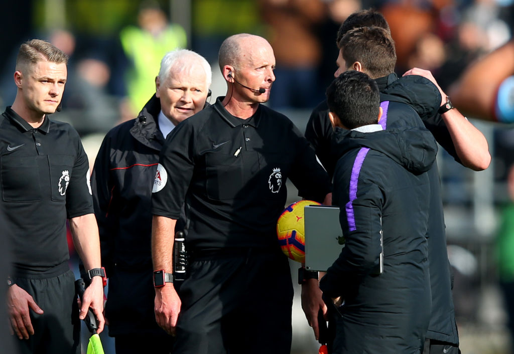 Mike Dean removed as fourth official for Chelsea vs Spurs following Mauricio Pochettino clash