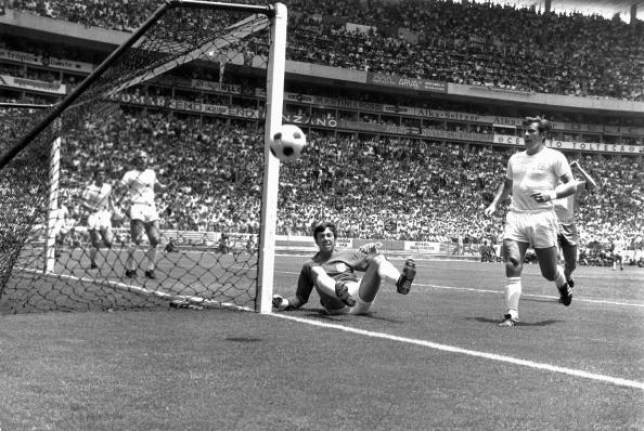 Gordon Banks after saving a shot against Pele at the 1970 World Cup