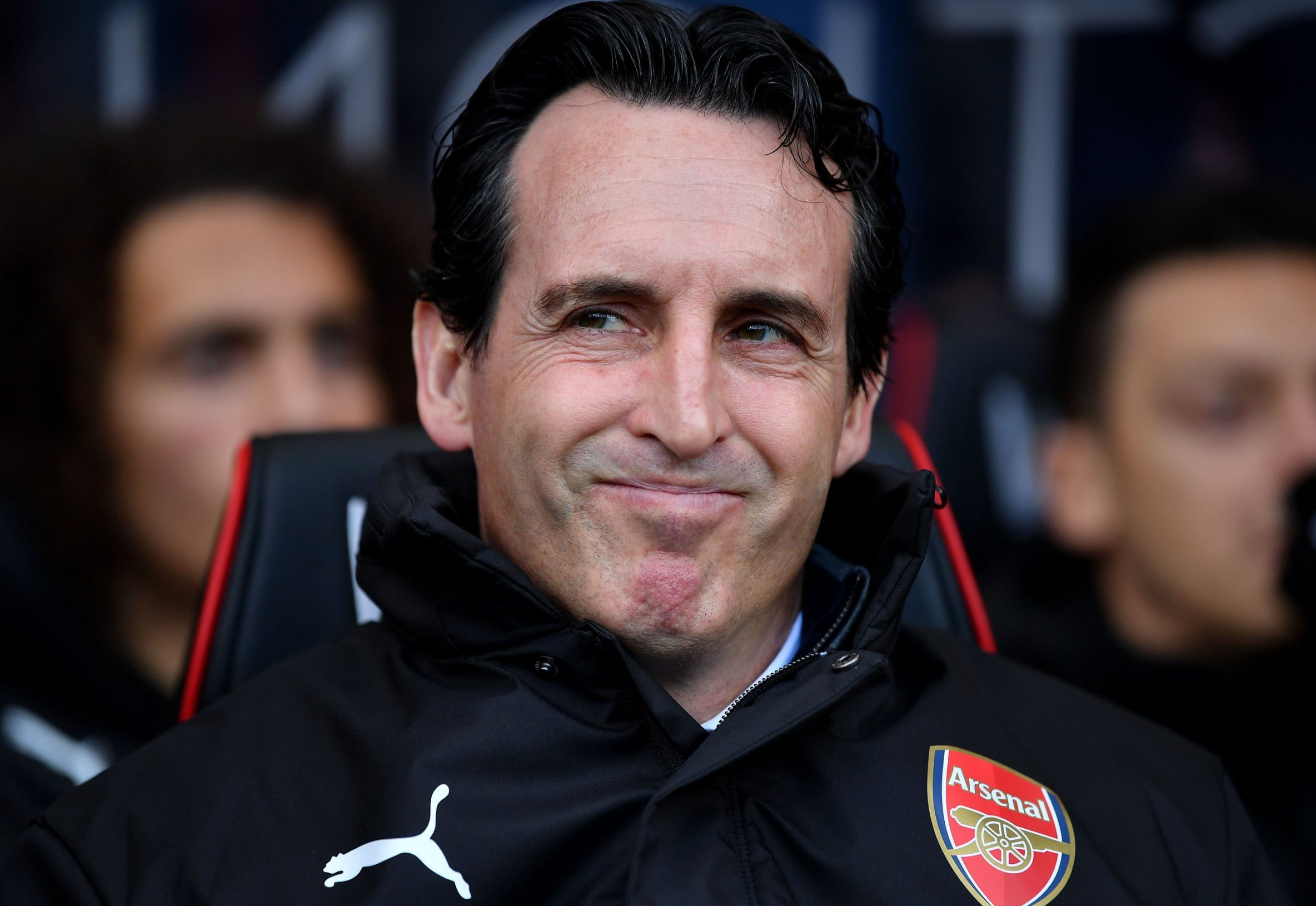 BOURNEMOUTH, ENGLAND - NOVEMBER 25: Unai Emery, Manager of Arsenal looks on prior to the Premier League match between AFC Bournemouth and Arsenal FC at Vitality Stadium on November 25, 2018 in Bournemouth, United Kingdom. (Photo by Dan Mullan/Getty Images)