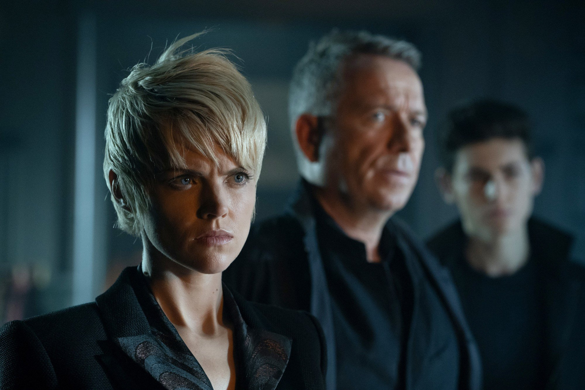"GOTHAM: L-R: Erin Richards, Sean Pertwee and David Mazouz in the ""13 Stitches??? episode of GOTHAM airing Thursday, Feb. 14 (8:00-9:00 PM ET/PT) on FOX. ??2019 Fox Broadcasting Co. Cr: FOX"
