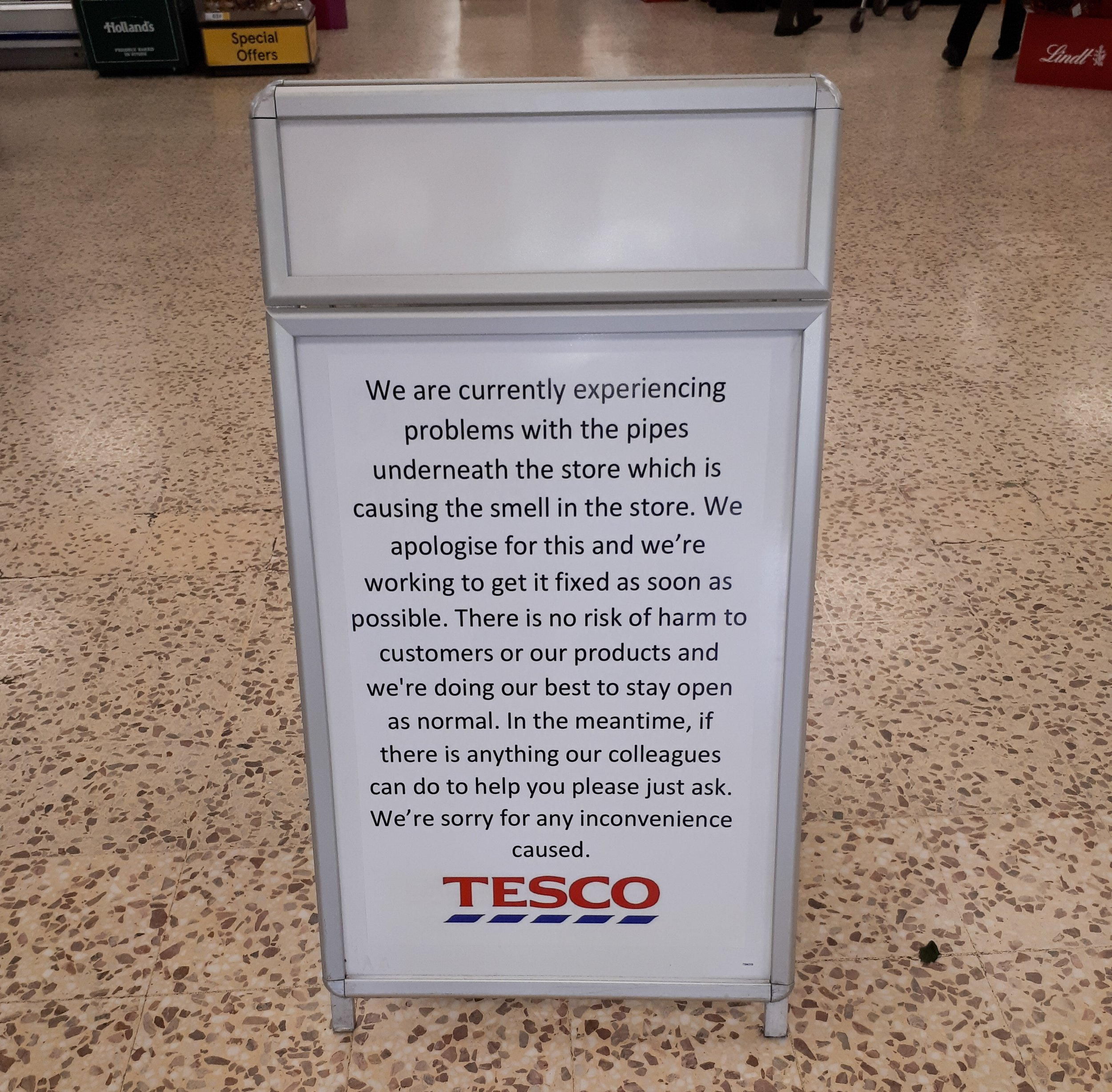 Tesco customers at a store in Manchester have been abandoning their trolleys mid-shop after encountering a smell so foul that it made a child SICK. Manchester City Council has received complaints about the horrible stench at the Tesco Extra store in Baguley. Caption: Sign apologising for the smell at the Tesco Extra store on Altrincham Road in Baguley, south Manchester