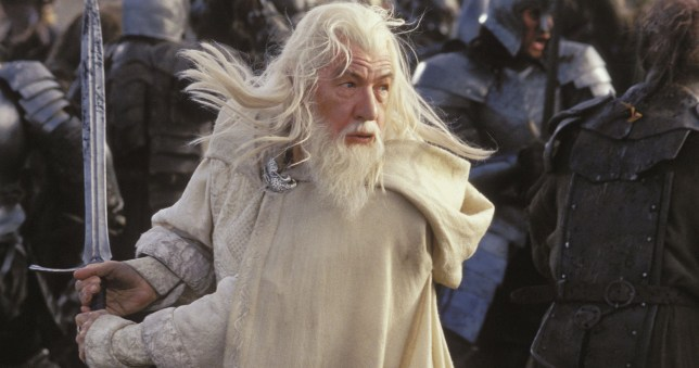 Editorial use only. No book cover usage. Mandatory Credit: Photo by Pierre Vinet/New Line Cinema/Kobal/REX/Shutterstock (5885769w) Ian McKellen The Lord Of The Rings - The Return Of The King - 2003 Director: Peter Jackson New Line Cinema USA Scene Still Games Seigneur Des Anneaux: Le Retour Du Roi, Le