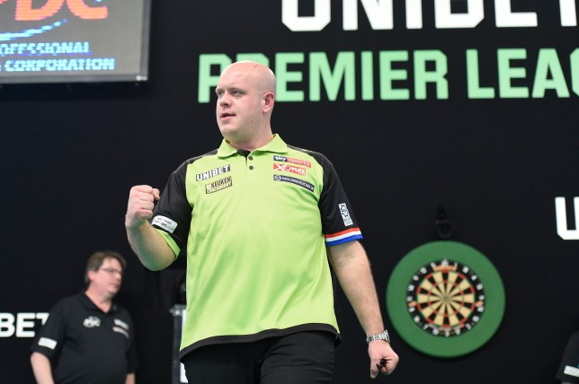 21/2/19: Michael van Gerwen in action against Rob Cross during the Unibet Premier League Darts match at the 3Arena, Dublin. Picture: Michael Cooper