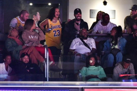 LOS ANGELES, CALIFORNIA - FEBRUARY 21: Rihanna attends a basketball game between the Los Angeles Lakers and the Houston Rockets at Staples Center on February 21, 2019 in Los Angeles, California. (Photo by Allen Berezovsky/Getty Images)