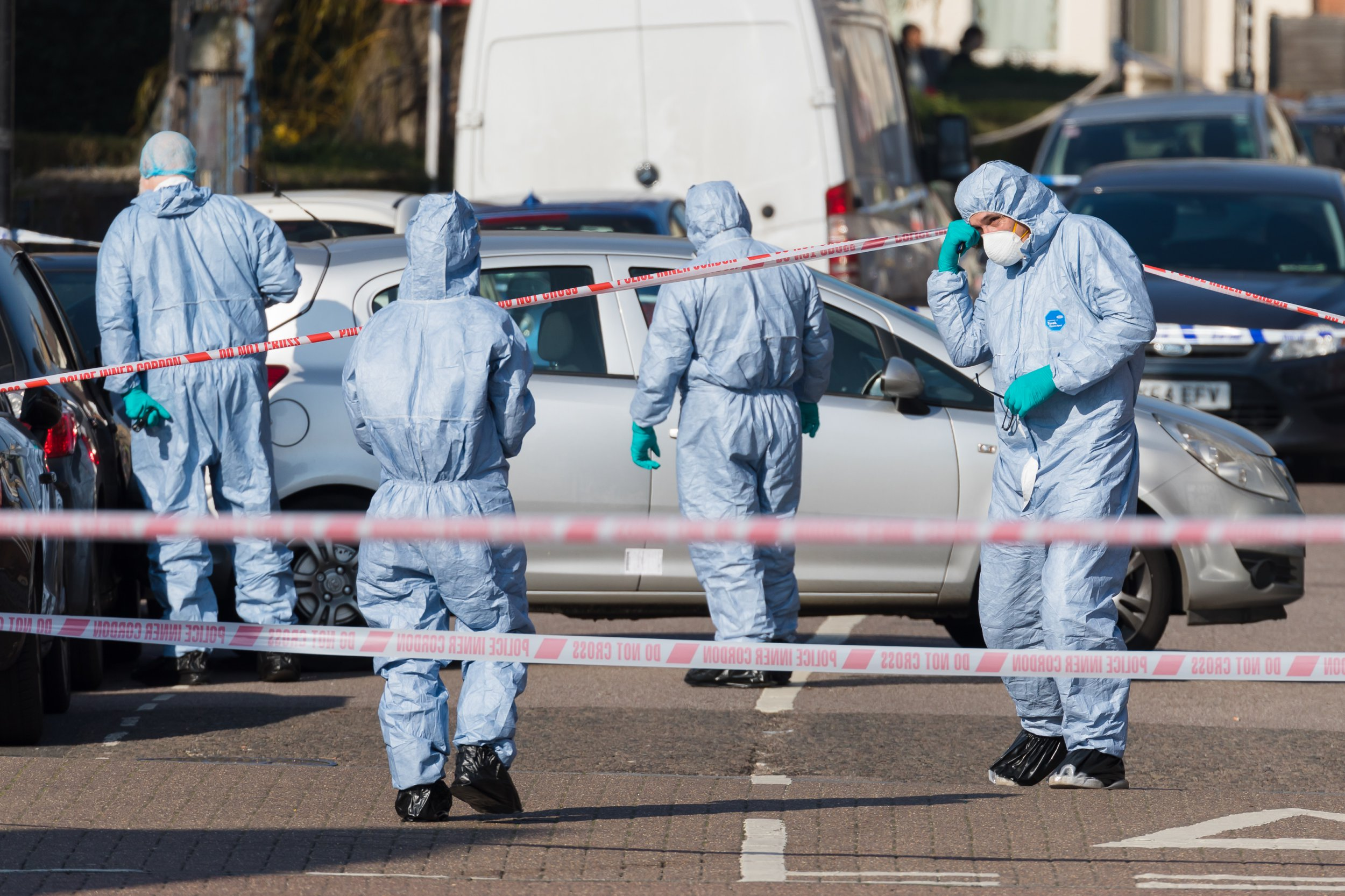 ? Licensed to London News Pictures. 23/02/2019. London, UK. Forensic officers investigating the crime scene at Vincent Road, Wood Green in Haringey. Police were called to Vincent Road last night to reports of a group of people fighting, where two men believed to be aged 19 and 20 were found with stab injuries. The injured men were taken to hospital and the 19 year old who was also found to have suffered gun shot wounds was pronounced dead shortly after 3am. Photo credit: Vickie Flores/LNP