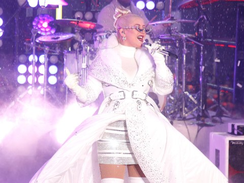 How to get Christina Aguilera tickets and what are the tour dates?
