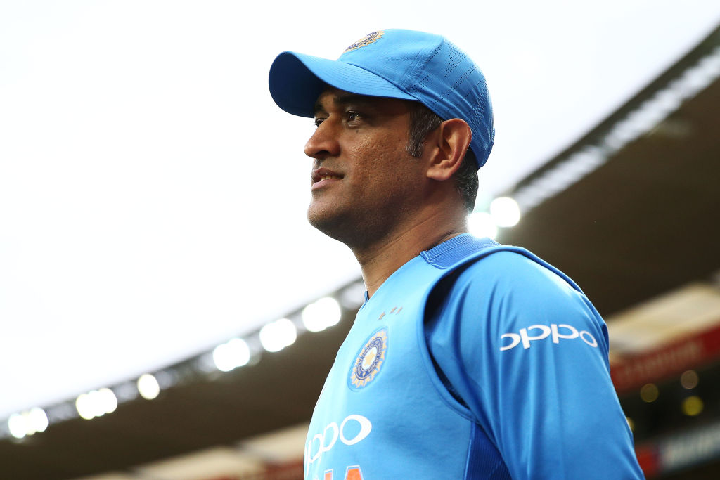 Shane Warne hits out at MS Dhoni critics as Australia hero names his two World Cup favourites