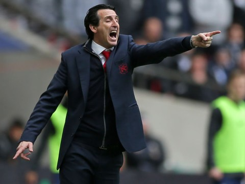 Arsenal manager Unai Emery reacts to Pierre-Emerick Aubameyang's penalty miss against Tottenham