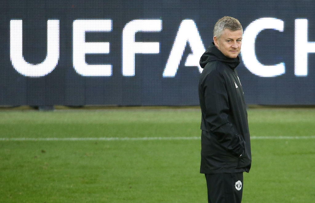Molde remind Manchester United coach Ole Gunnar Solskjaer he is under contract until 2021