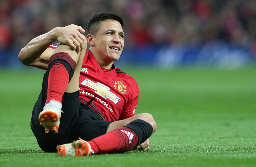 Alexis Sanchez has no intention of leaving Manchester United this summer