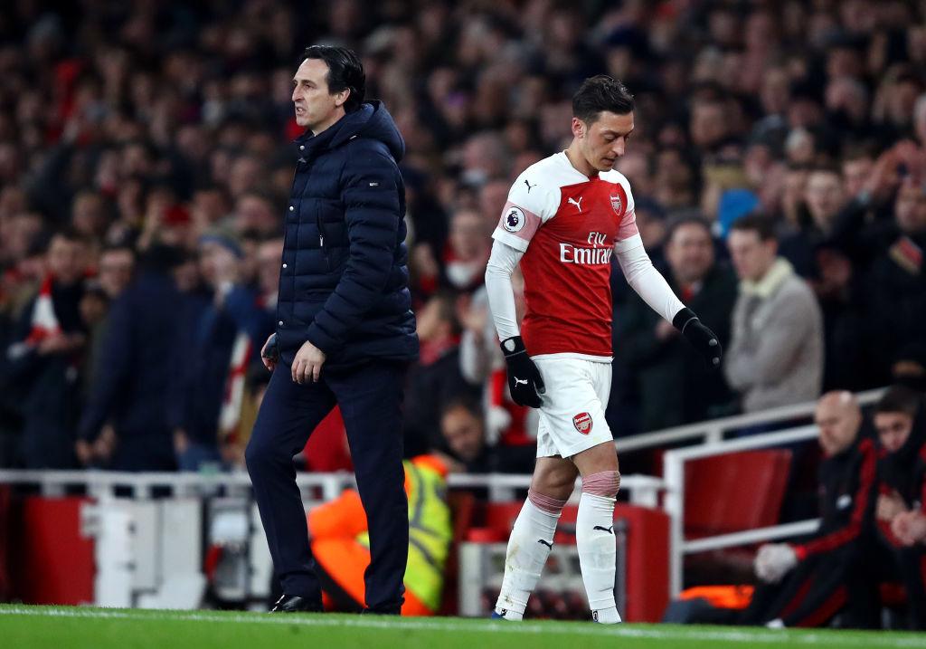 Arsenal boss Unai Emery can't handle big name players like Mesut Ozil, says Michel Salgado