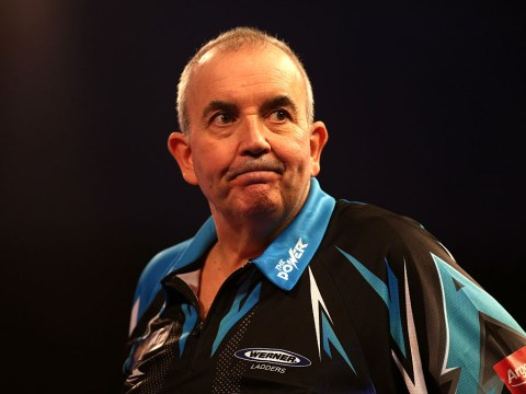 Phil Taylor reacts to stunning Leighton Bennett performance at Tower of London exhibition