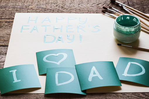 2019 Fathers Day Ideas Father's Day 2019: Last minute gift ideas that you can get on a