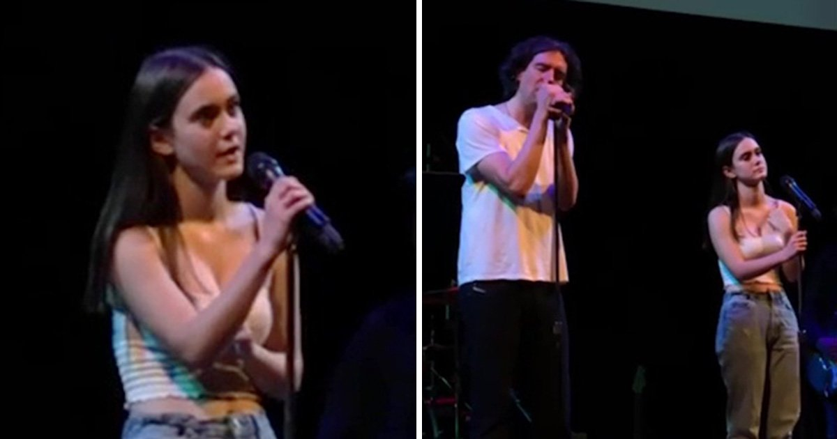 Courteney Cox's daughter is the spit of her mum as she sings on stage with Snow Patrol