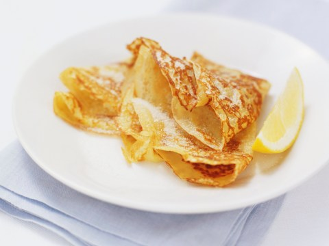 How to make classic pancakes for Pancake Day 2019