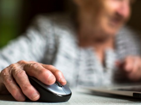 Vulnerable people need 'non-digital alternatives' of vital services, report says