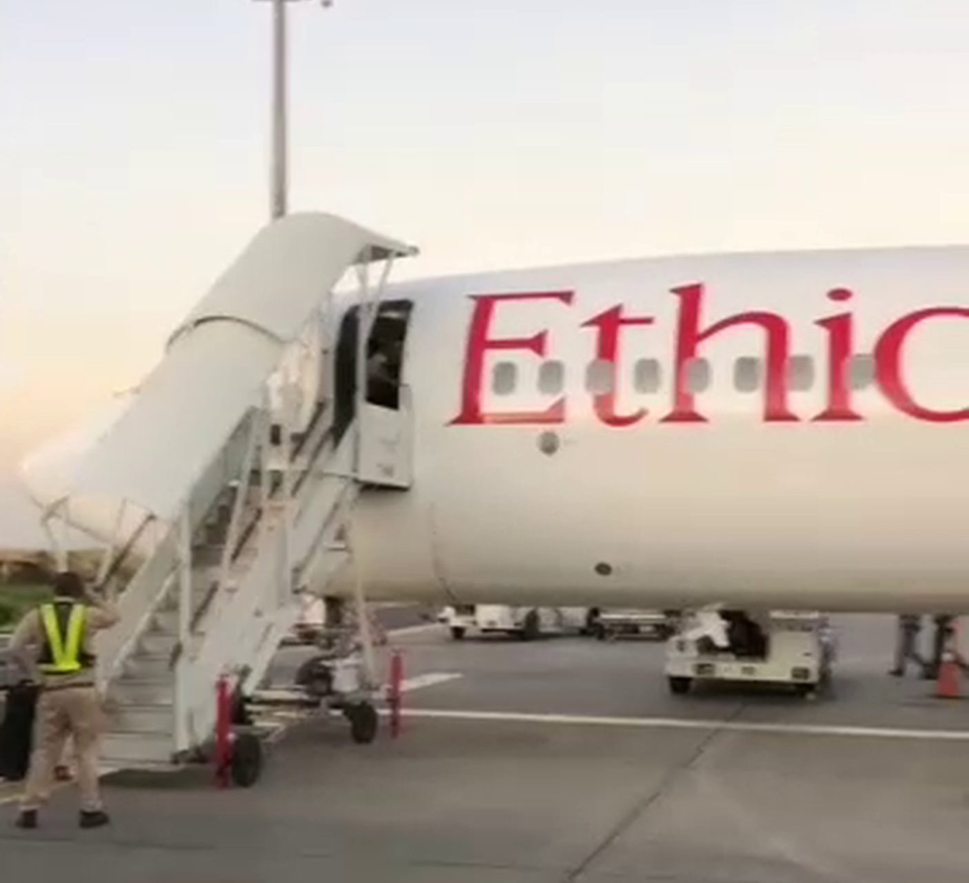 Last footage of the Ethiopian Airlines plane