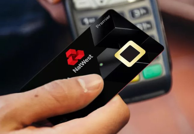 Debit card with built-in fingerprint scanner could be future of UK shopping