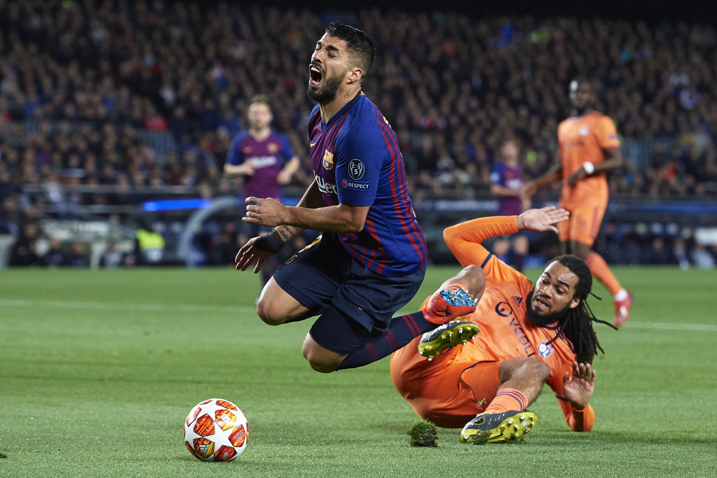 Luis Suarez admits mistake for his penalty after Barcelona's win against Lyon in the Champions League
