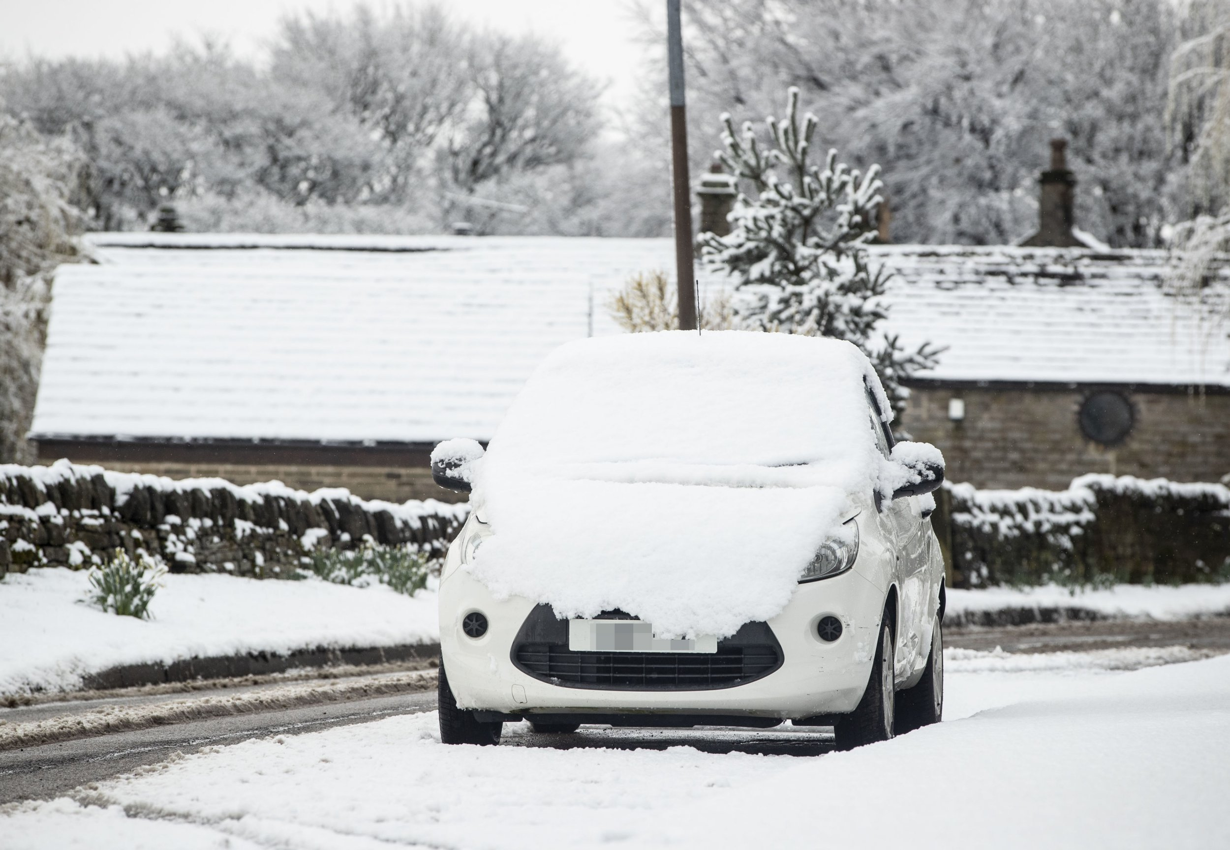 Snowy condition near Carlecotes in Yorkshire, as weather warnings are in place across the UK. PRESS ASSOCIATION Photo. Picture date: Sunday March 10, 2019. Weather warnings for snow and ice are in place across western Scotland and northern Ireland until 11am, while the wintry weather is also set to cause disruption across parts of the Midlands. Photo credit should read: Danny Lawson/PA Wire
