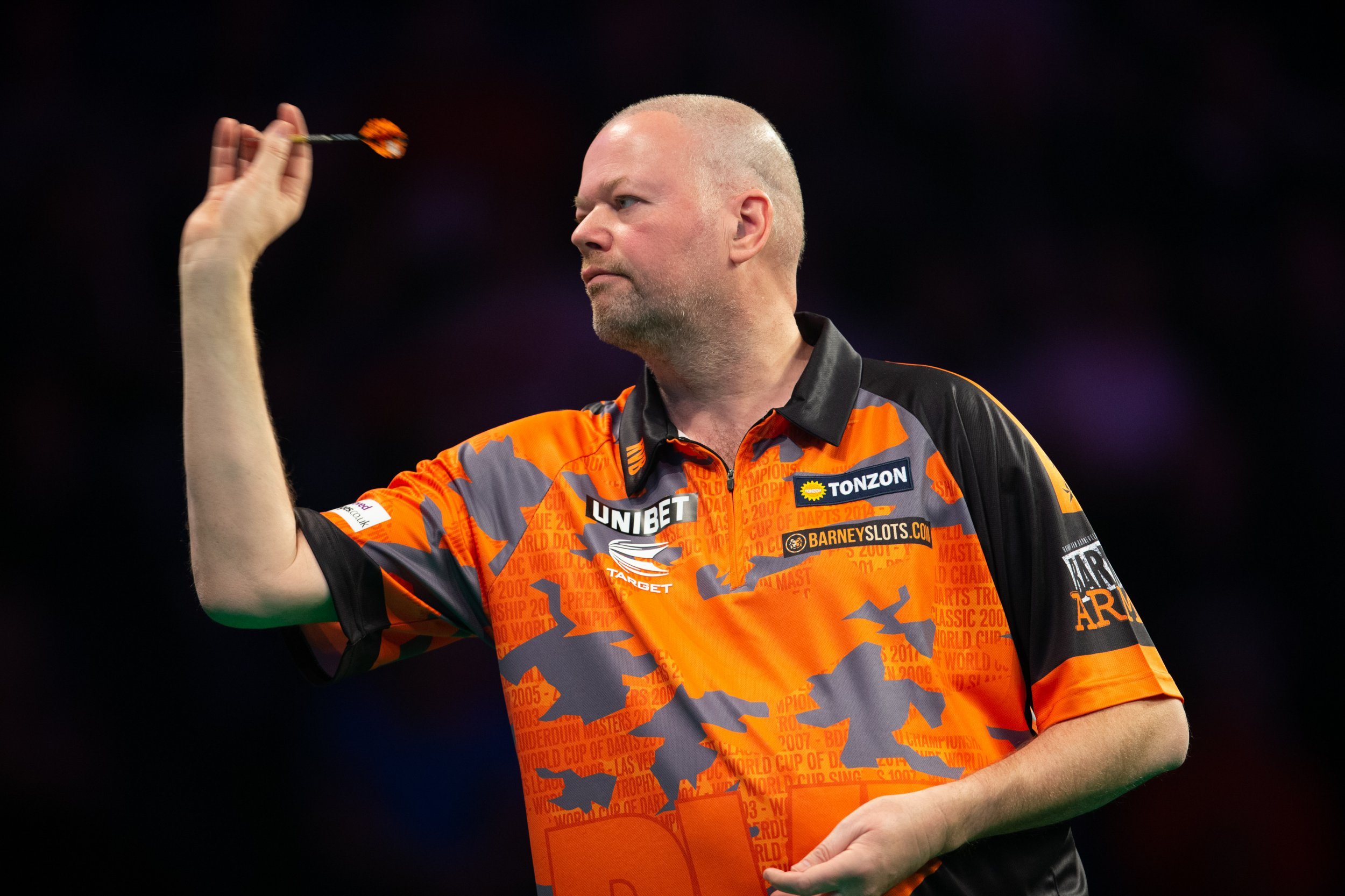 14th March 2019, Motorpoint Arena, Nottingham, England; Unibet Premier League Darts, night 6; Raymond van Barneveld in his match against Rob Cross (photo by Tim Williams/Action Plus via Getty Images)