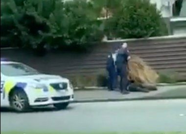 Police apprehend a suspect following shootings at two mosques in Christchurch, New Zealand March 15, 2019, in this still image obtained from a social media video. Courtesy of Twitter @ROBERT22051432/Social Media via REUTERS. ATTENTION EDITORS - THIS IMAGE HAS BEEN SUPPLIED BY A THIRD PARTY. MANDATORY CREDIT ???TWITTER / @ROBERT22051432???. NO RESALES. NO ARCHIVES.