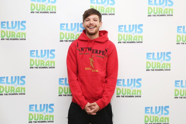 """NEW YORK, NY - AUGUST 01: Singer/songwriter, Louis Tomlinson visits """"The Elvis Duran Z100 Morning Show"""" at Z100 Studio on August 1, 2017 in New York City. (Photo by Mireya Acierto/Getty Images)"""