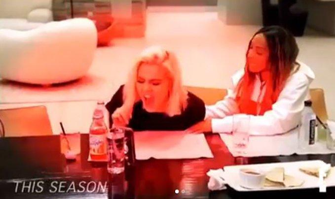 METRO GRAB INSTA Liar! Khloe Kardshian breaks down as Kris Jenner toasts Jordyn and Kylie https://www.instagram.com/p/BvhImEQlsef/