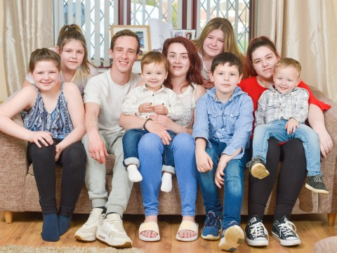 Woman, 23, becomes mum of seven overnight after taking in her five siblings when their mum died