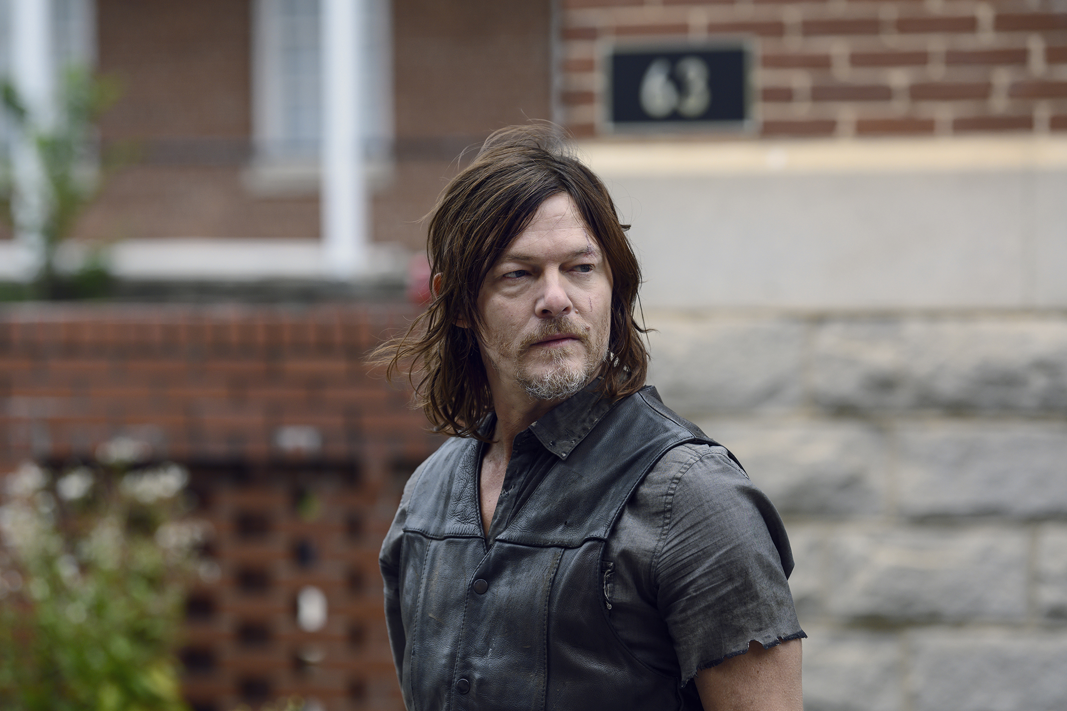 The Walking Dead showrunner teases 'closed end' to characters in season 9 finale