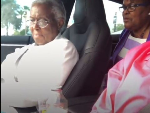 Comedian catches grandma's stunned reaction to Tesla's Autopark trick