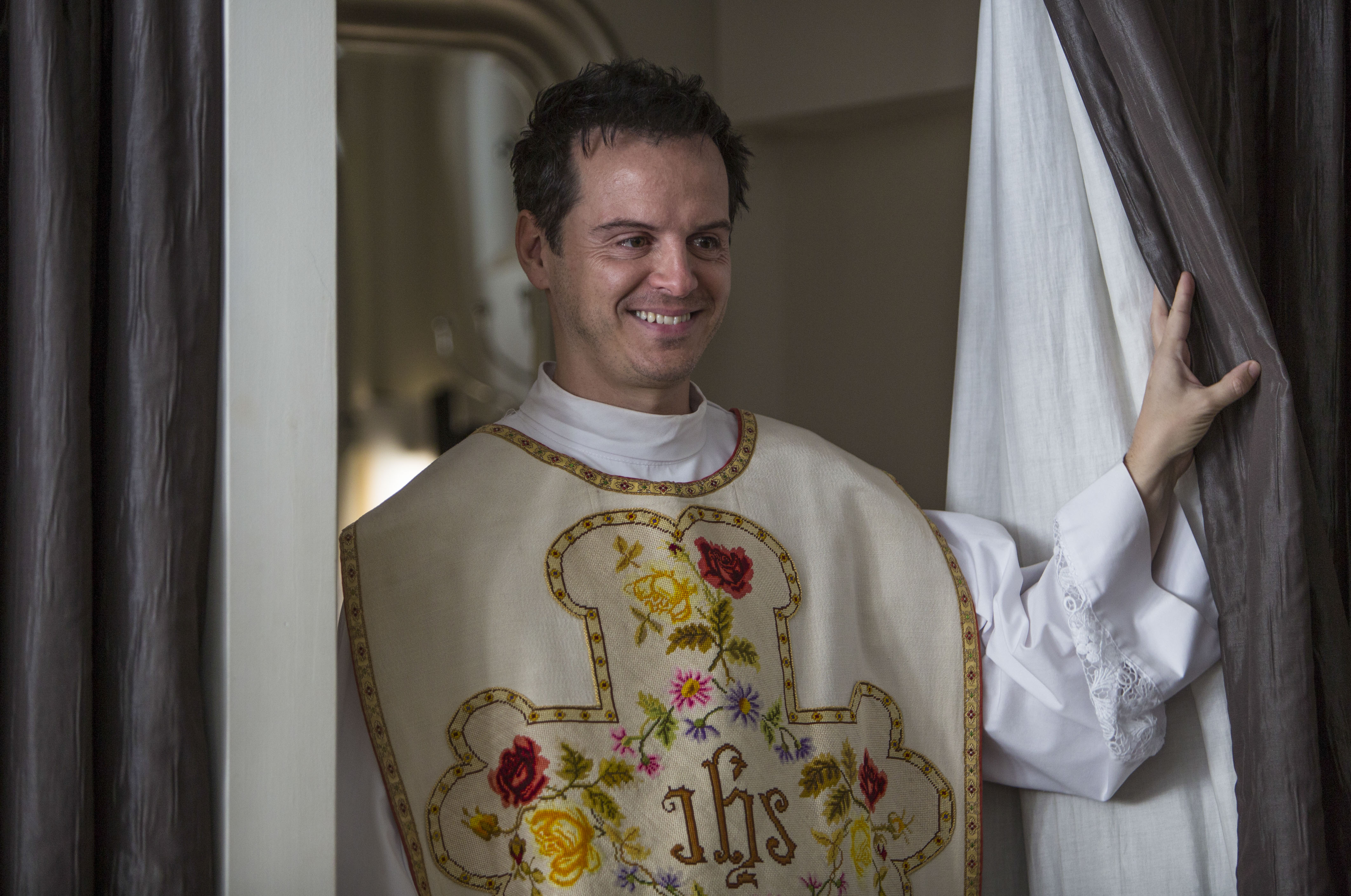 Fleabag's Andrew Scott reveals he's caused Google surge in people looking to have sex with priests