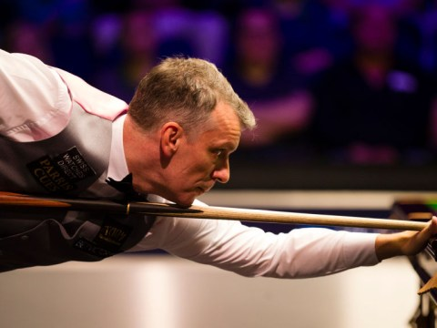 Mark Davis breaks record for most Snooker World Championship qualifications and believes it is getting harder
