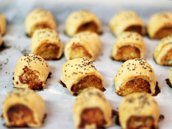 Labour and Tories adamant they made Brexit progress over sausage rolls