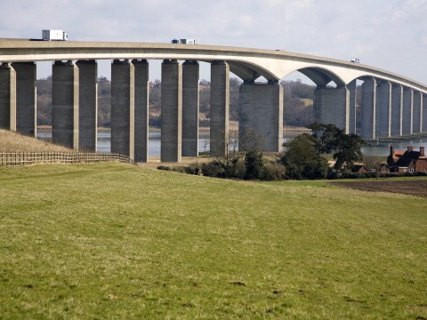 Why is the Orwell bridge closed?