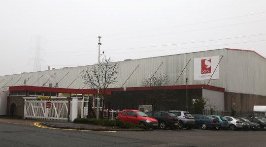 south beds news agency-luton-(fairleys)..man died in an industrial accident....scapa health care....woodside ....dunstable