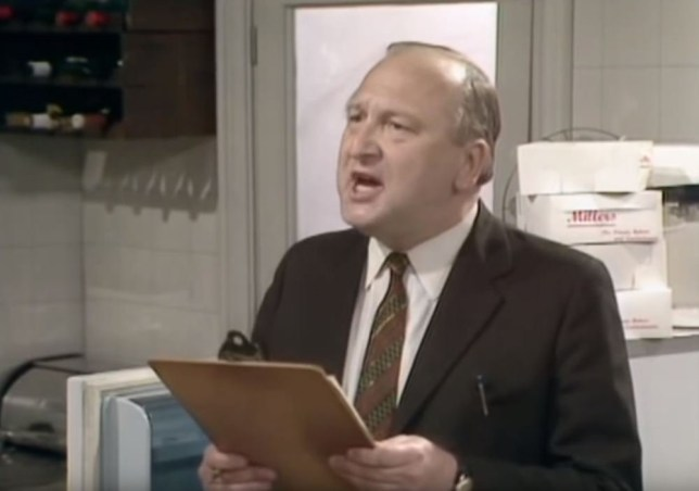 "John Quarmby as health nspector in the Fawlty Towers episode ""Basil the Rat"""