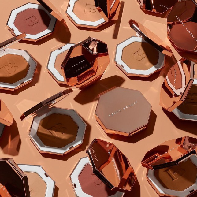 Rihanna's clapback at fan who asks for an album not bronzer Provider: Fenty Beauty Source: https://www.instagram.com/p/Bvj-1Vvn31s/