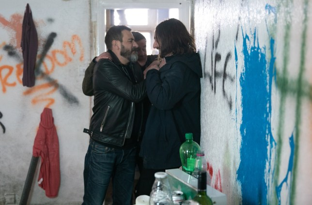 Peter Barlow (Chris Gascoyne) turns violent