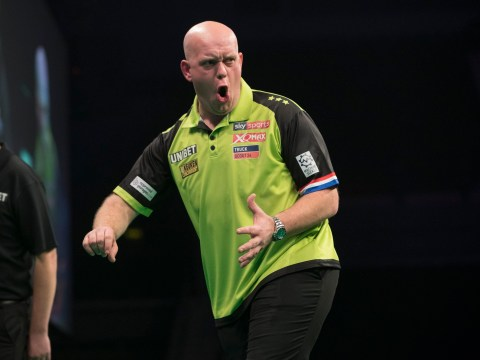 Michael van Gerwen sends message to Premier League leader Rob Cross after Michael Smith thrashing