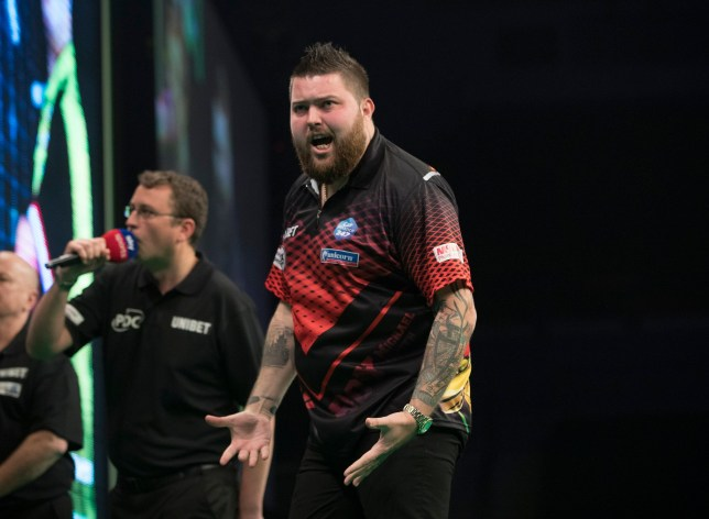 UNIBET PREMIER LEAGUE DARTS 2019 M&S BANK ARENA, LIVERPOOL PIC LAWRENCE LUSTIG MICHAEL VAN GERWEN V MICHAEL SMITH MICHAEL SMITH IN ACTION