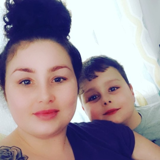 METRO GRAB FACEBOOK Tawnee Willis pictured with her son Frankie Willis who was mauled to death at Cornwall caravan park https://www.facebook.com/photo.php?fbid=10156827805840225&set=a.10150600807165225&type=3&theater