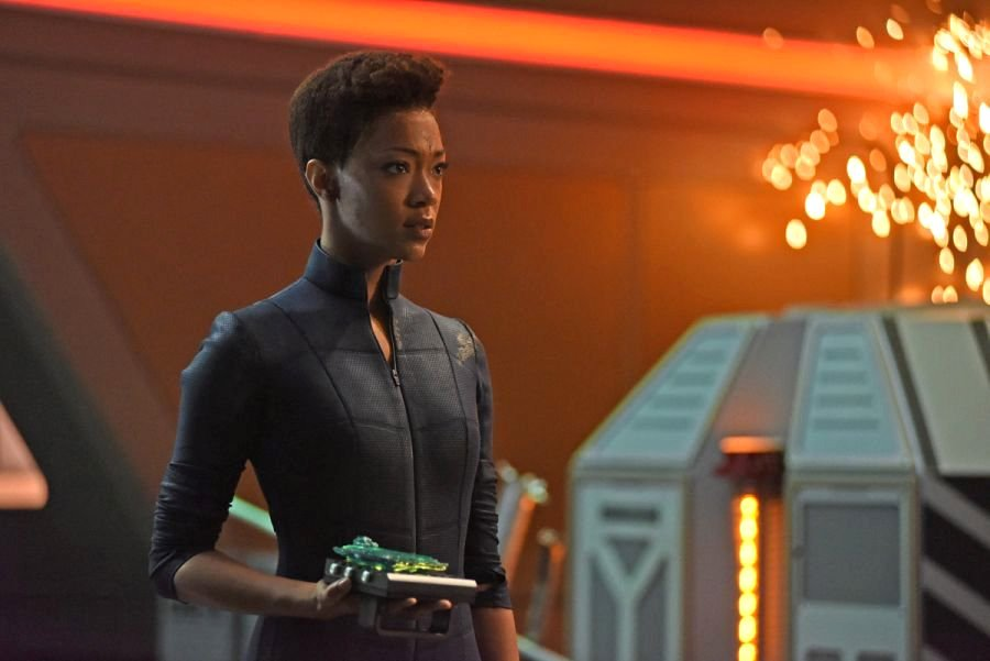 Star Trek: Discovery season 2 finale pictures promise turmoil for the team