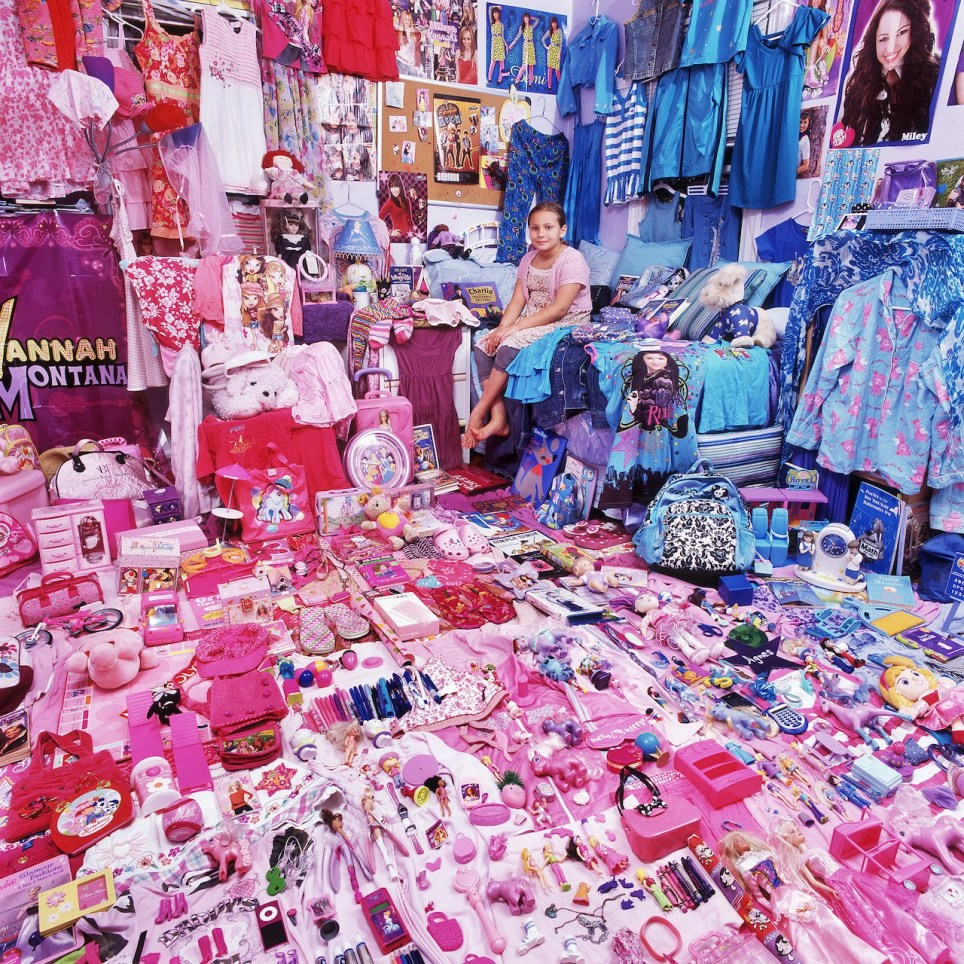 . Photos capture children s entirely blue or pink bedrooms and