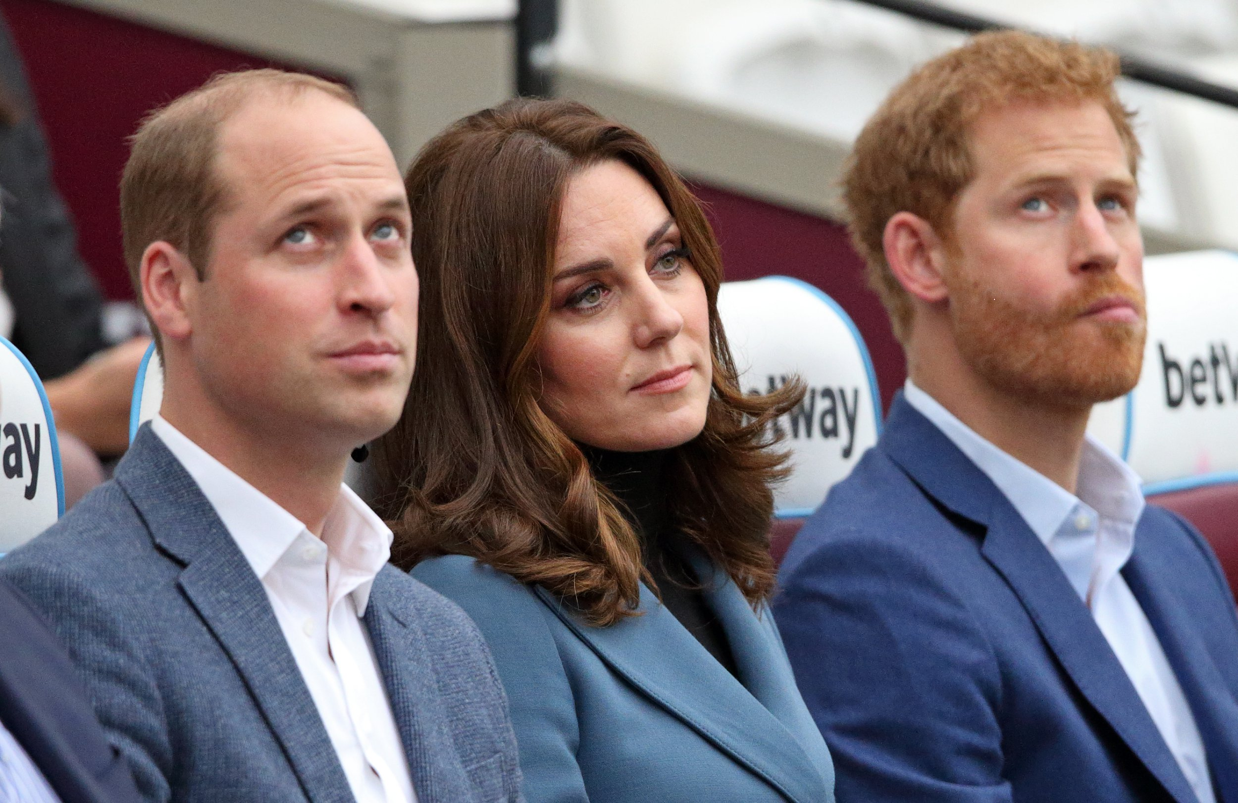 LONDON, UNITED KINGDOM - OCTOBER 18: (EMBARGOED FOR PUBLICATION IN UK NEWSPAPERS UNTIL 48 HOURS AFTER CREATE DATE AND TIME) Prince William, Duke of Cambridge, Catherine, Duchess of Cambridge and Prince Harry attend the Coach Core graduation ceremony for more than 150 Coach Core apprentices at The London Stadium on October 18, 2017 in London, England. (Photo by Max Mumby/Indigo/Getty Images)